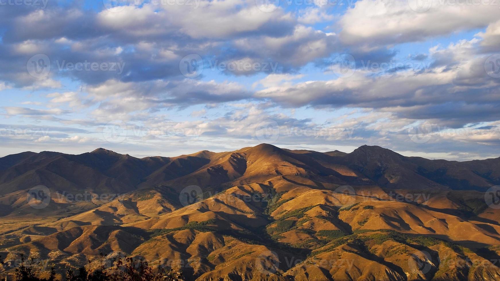 herfst in de bergen van Armenië foto
