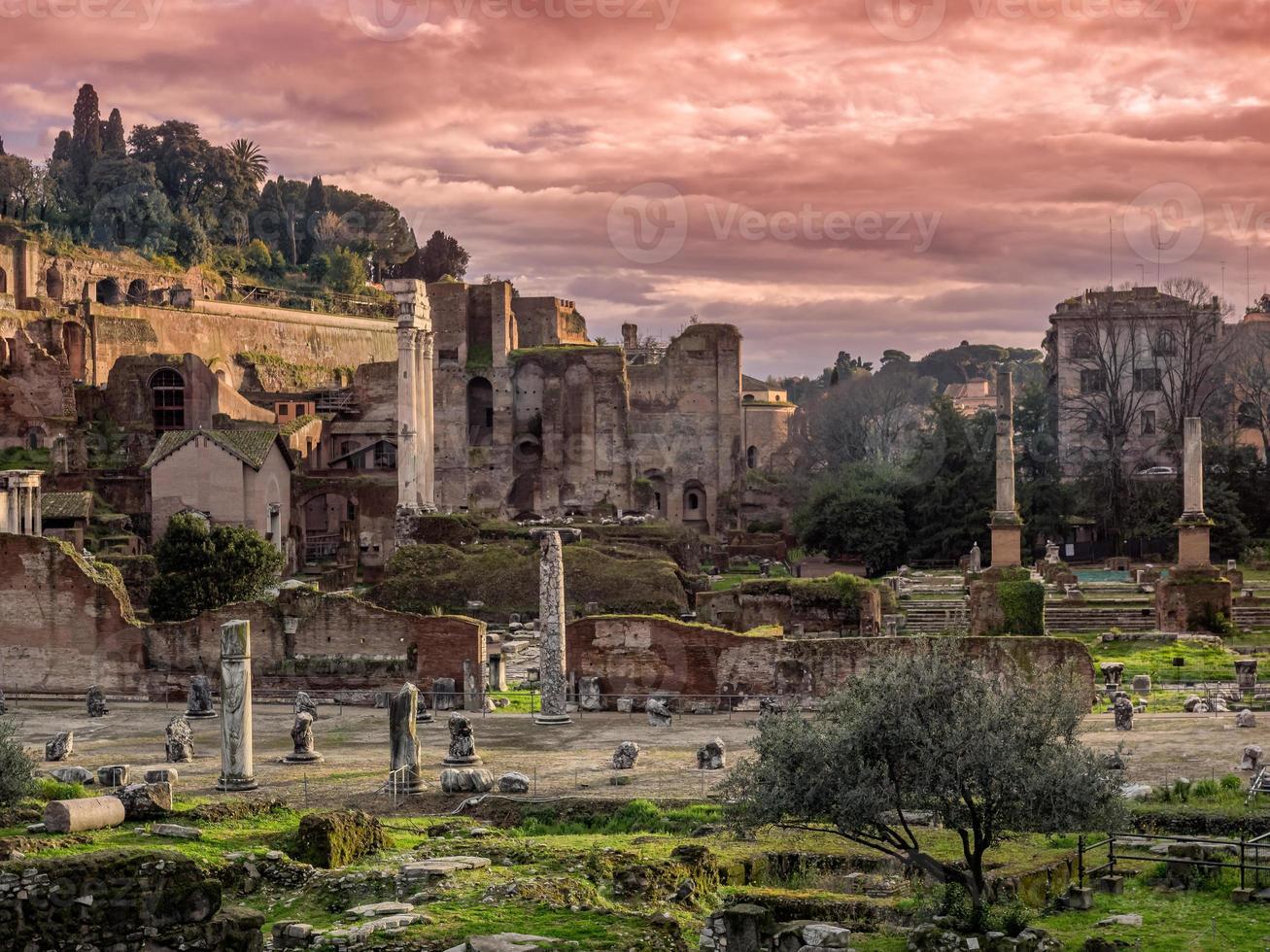 forum romanum, rome, italië foto