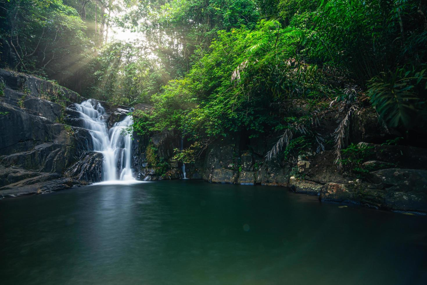 khlong pla kang waterval in thailand foto