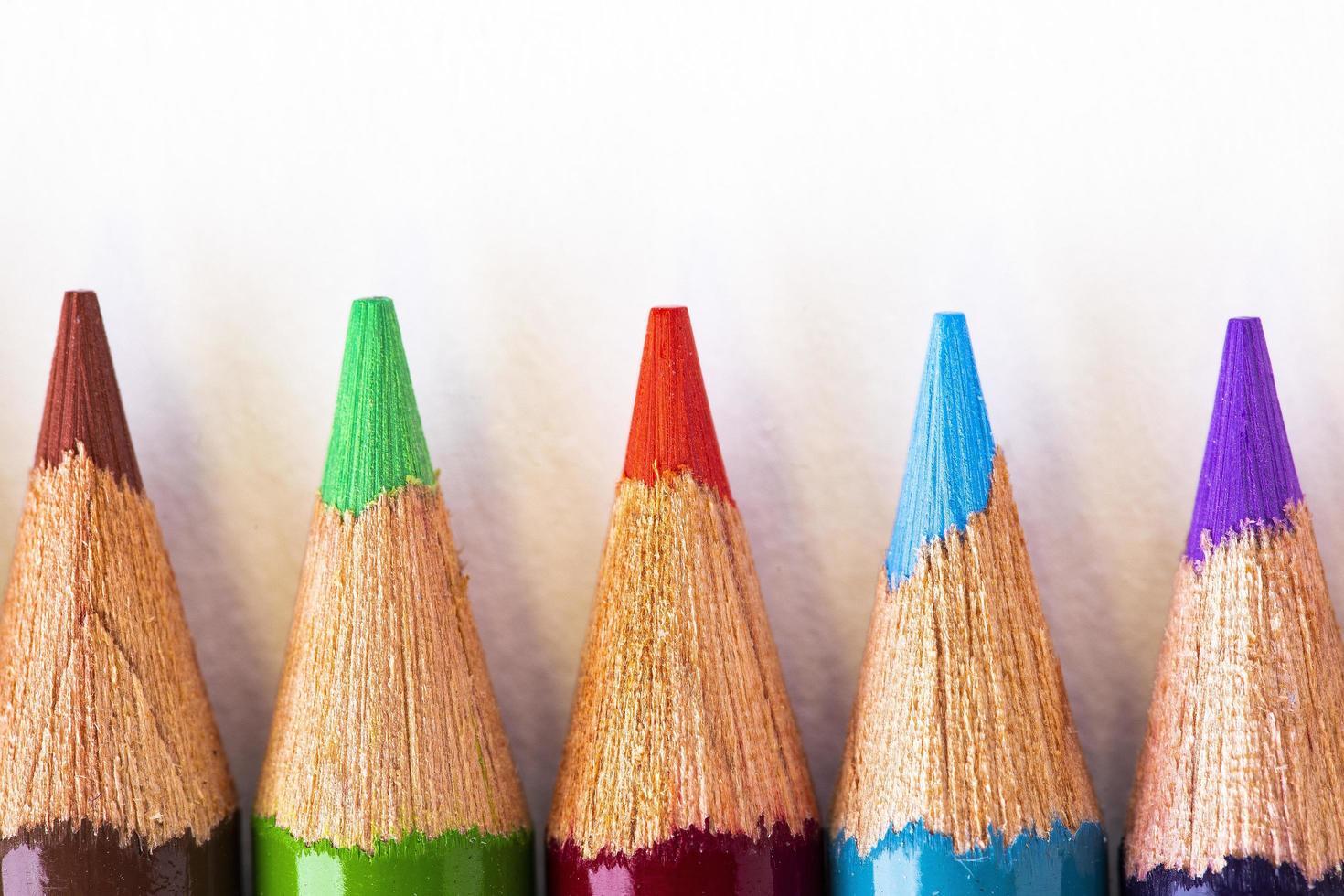 kleurrijke potloodpunten foto