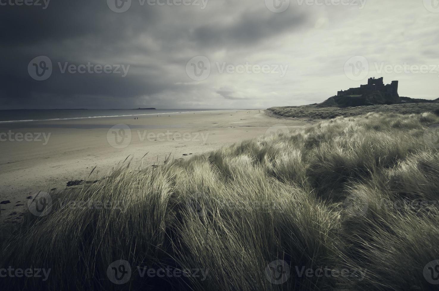 bestorm het strand, bestorm het kasteel foto