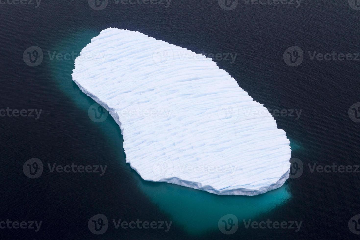 drijvende ijsberg foto