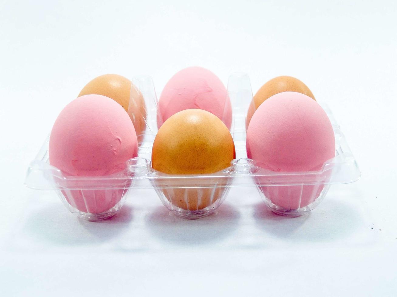 vergrote weergave van rauwe eieren foto