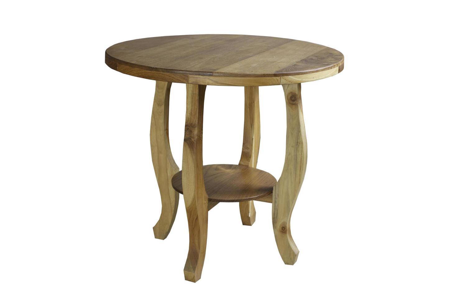 houten tafel op een witte achtergrond foto