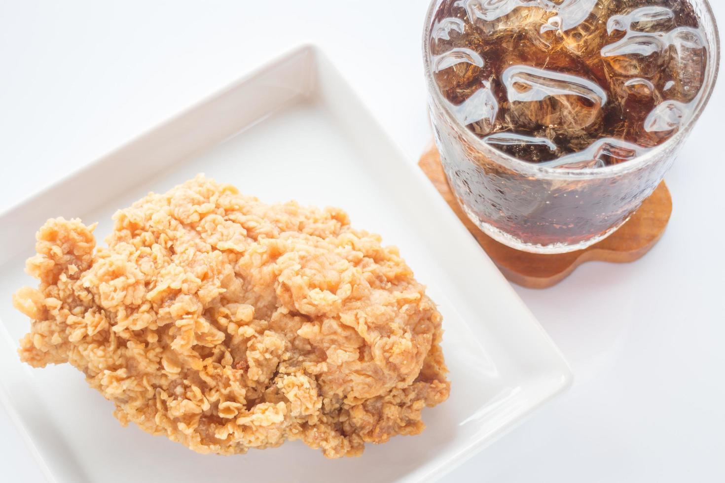 gebakken kip en cola foto