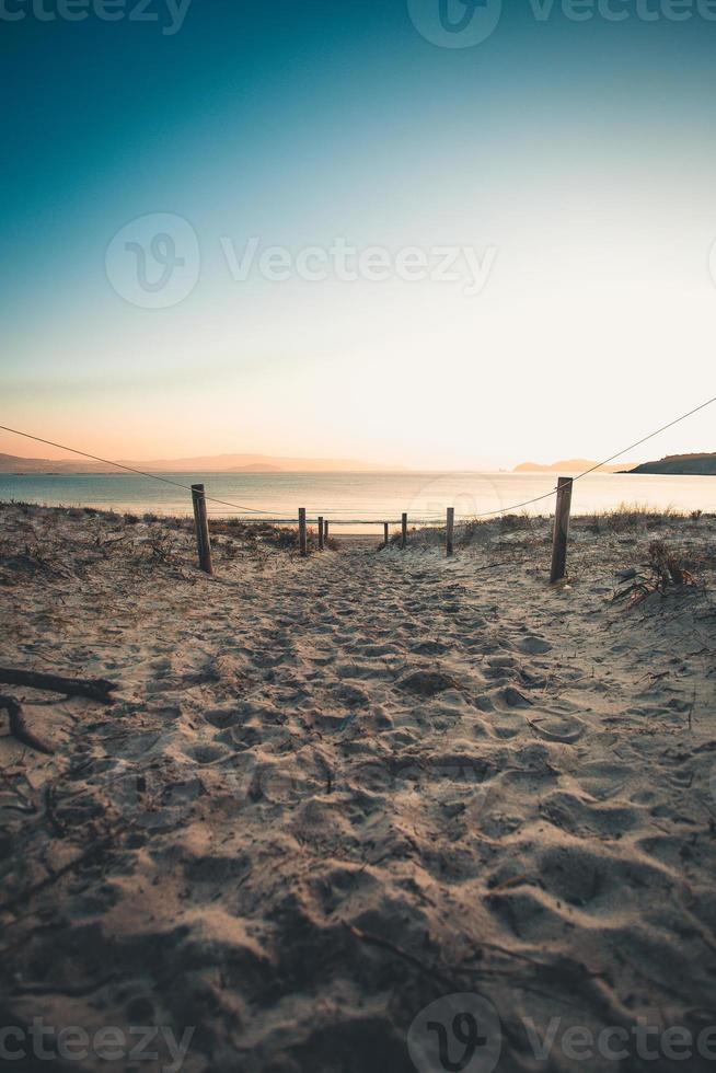 het pad naar het zand foto