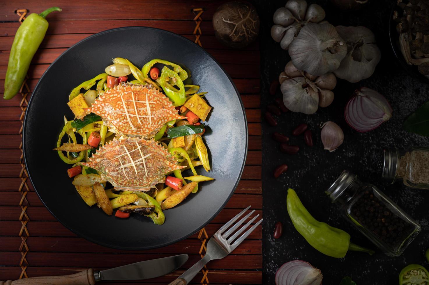 roergebakken krab met curry foto
