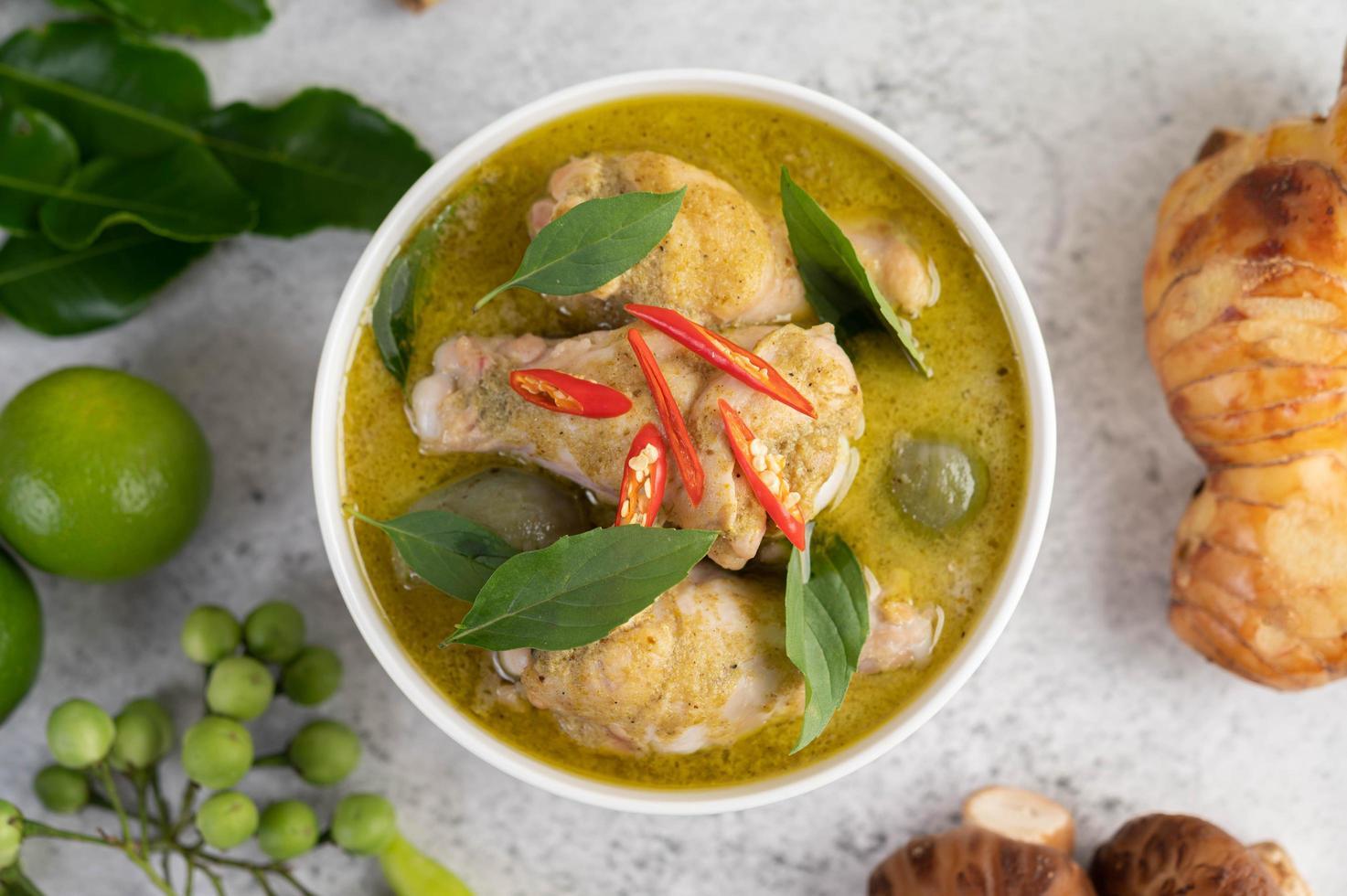 groene curry kip foto