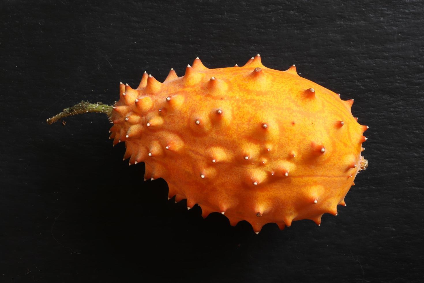 een gehoornde meloen foto