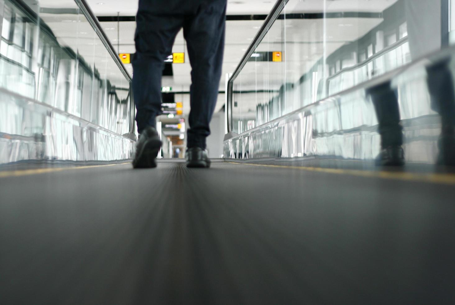 luchthaven glijdende manier foto