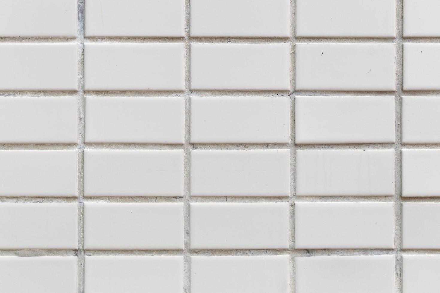 witte tegels op de muur foto