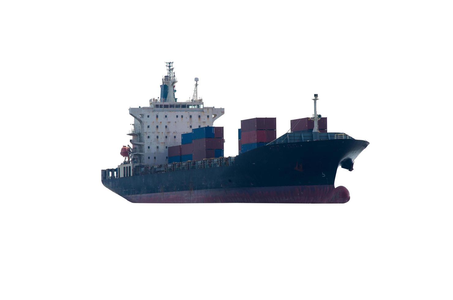 container vrachtschip op witte achtergrond foto