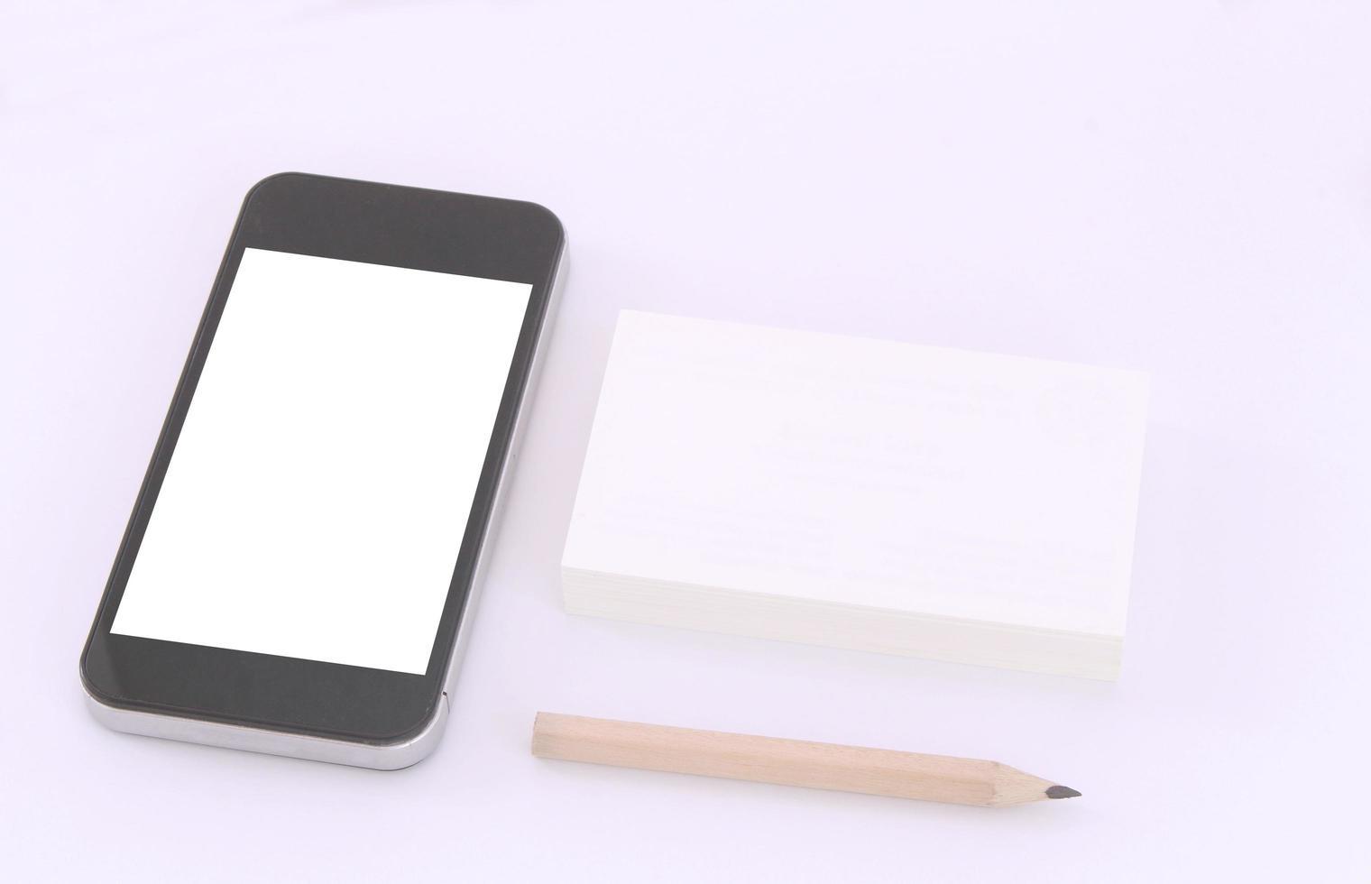 smartphonemodel met stapel kaarten foto