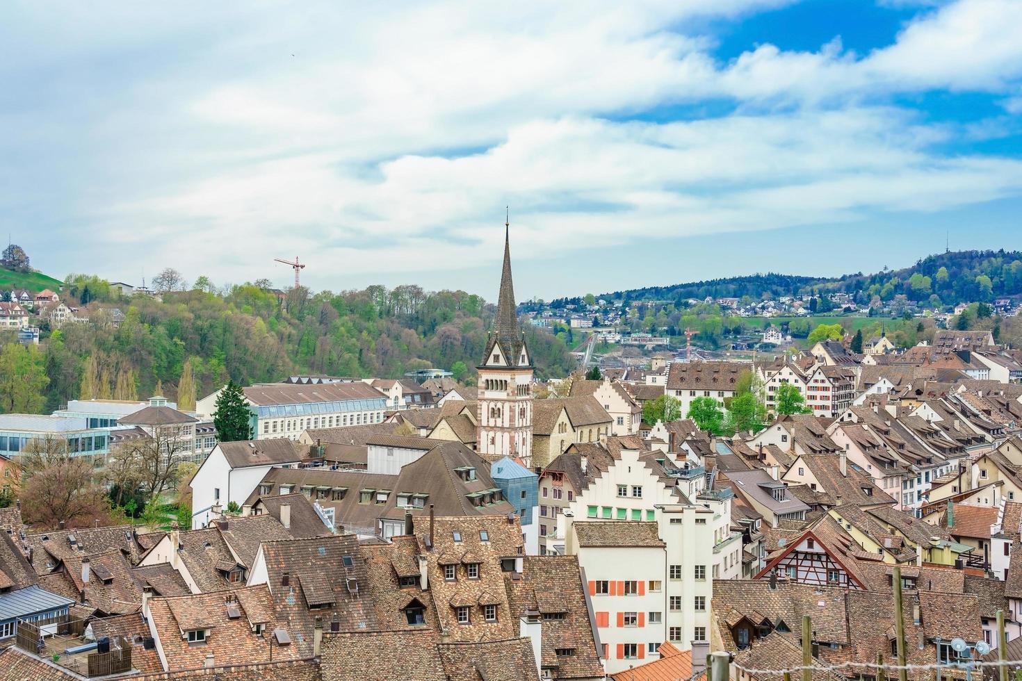 panoramisch uitzicht op de oude binnenstad van schaffhausen, zwitserland foto