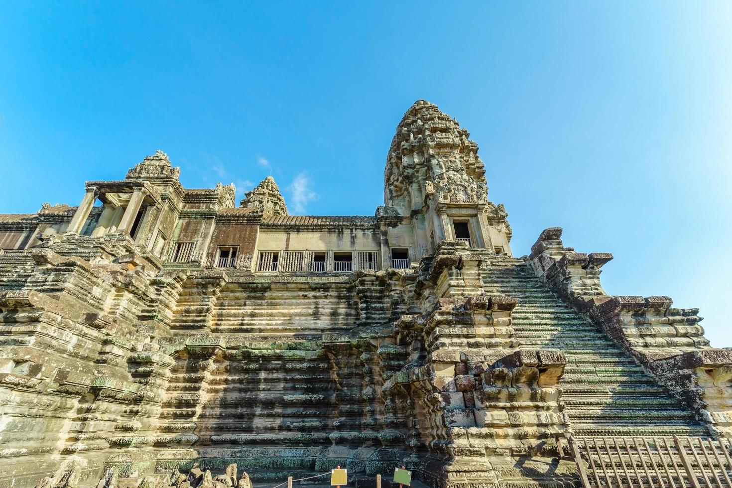 prachtig uitzicht op de tempel van angkor wat, cambodja foto