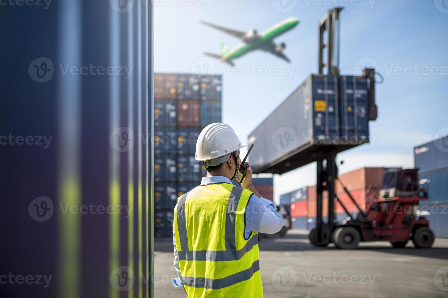 voorman controle laadbak containers foto