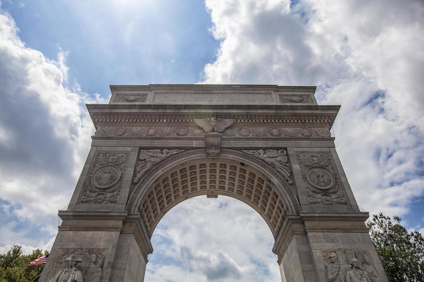 Washington vierkant monument in de stad van New York foto