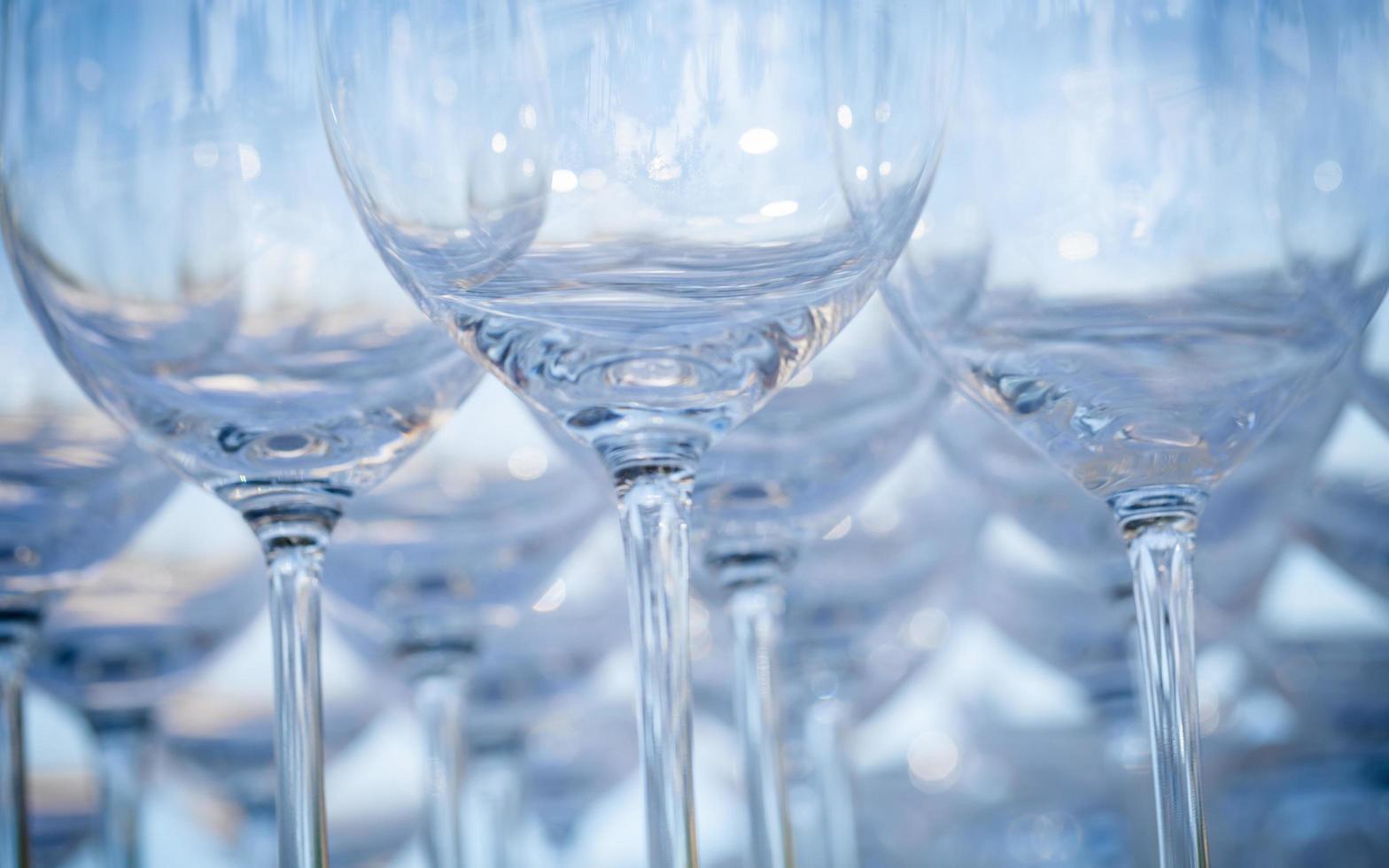 close-up van wijnglazen foto