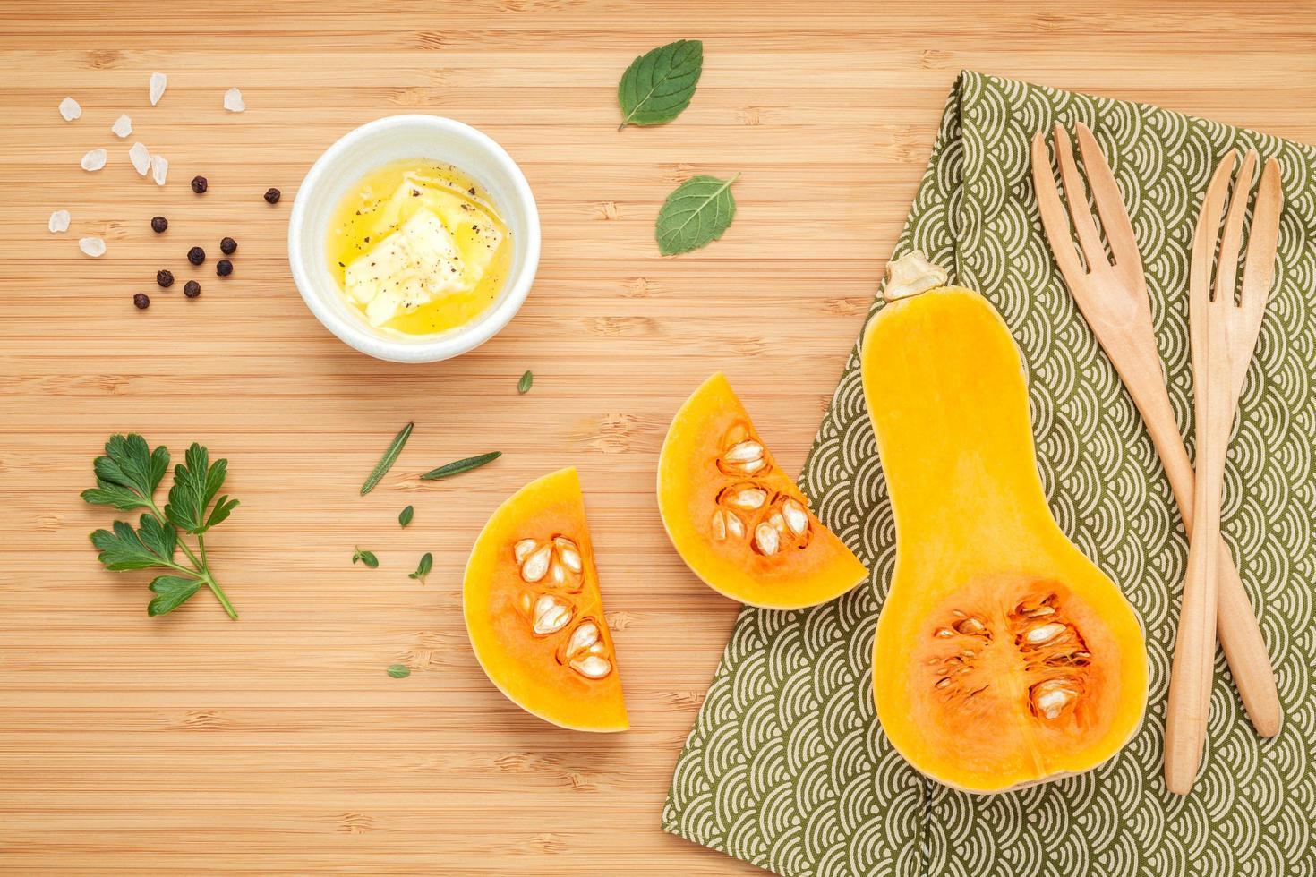 ingrediënten voor pompoensoep foto