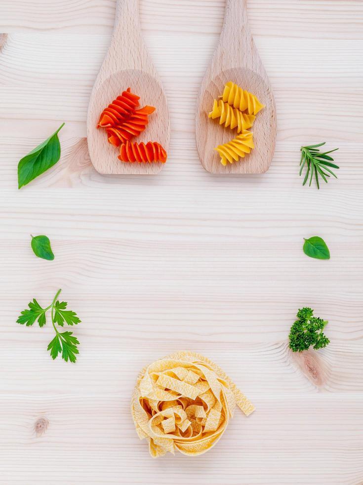 Italiaans eten concept met pasta foto