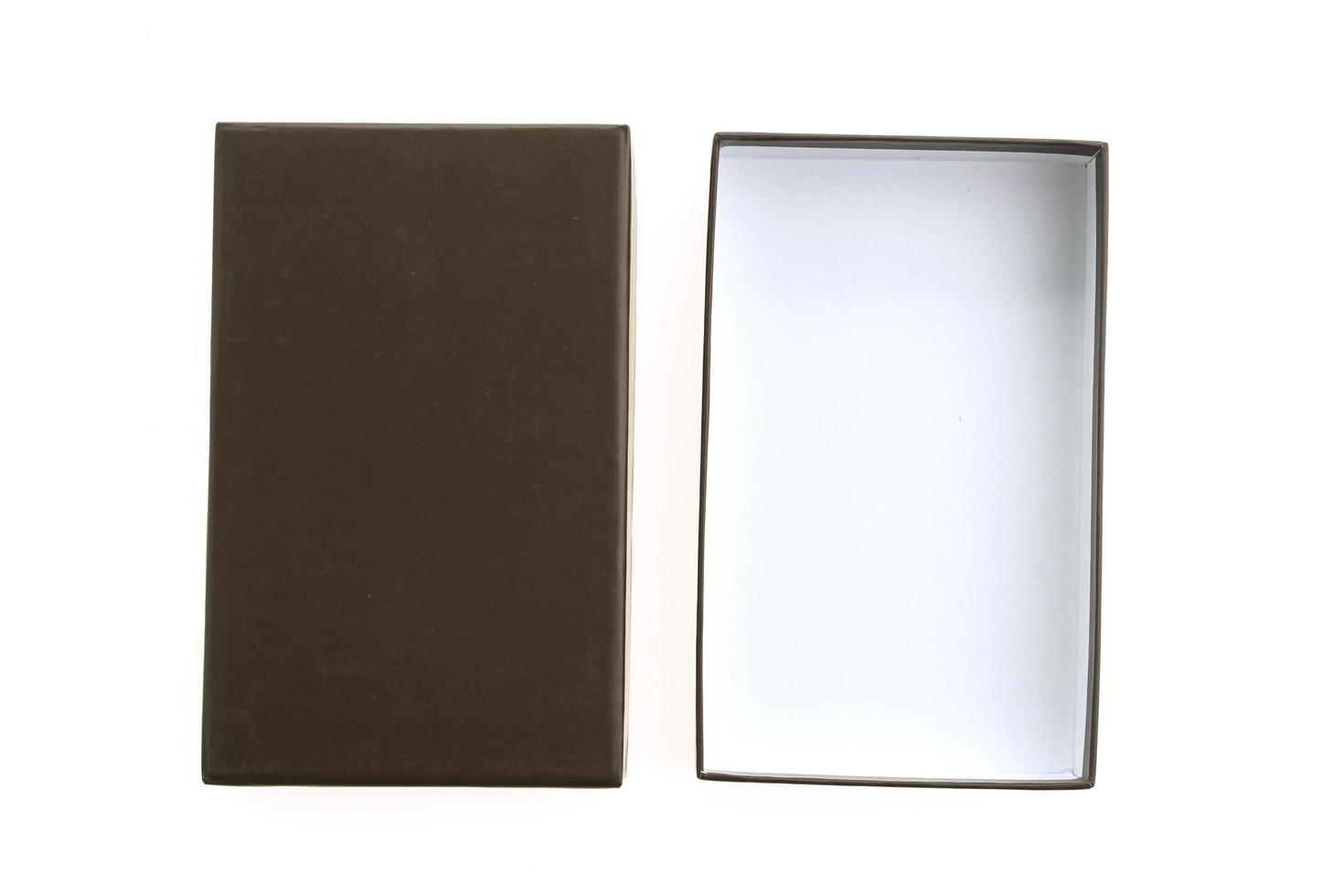 zwarte doos op witte achtergrond foto
