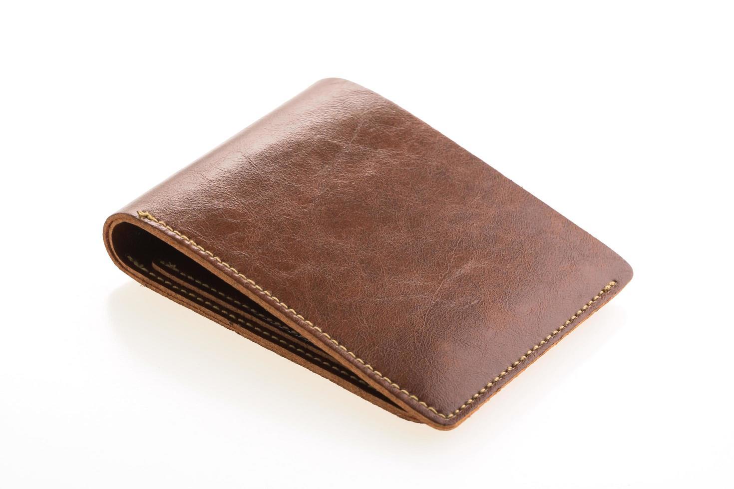 bruin lederen portemonnee op witte achtergrond foto