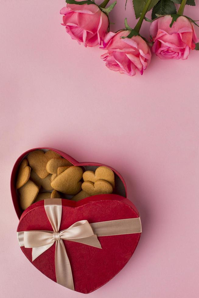 Valentijnsdag traktaties en bloemen foto