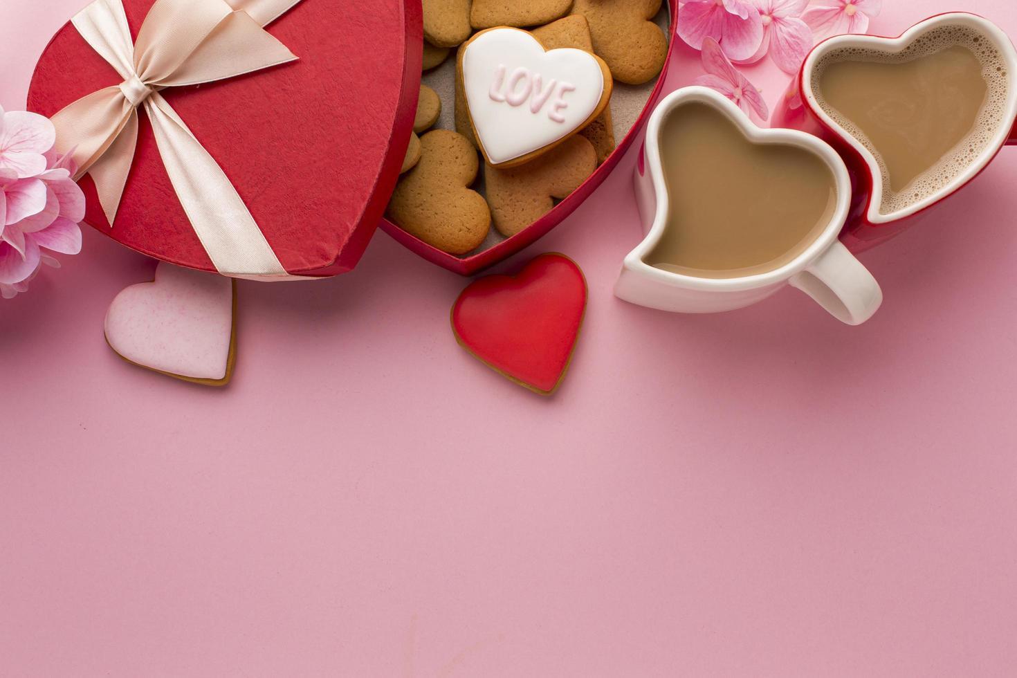 koffie en valentijnsdagtraktaties foto