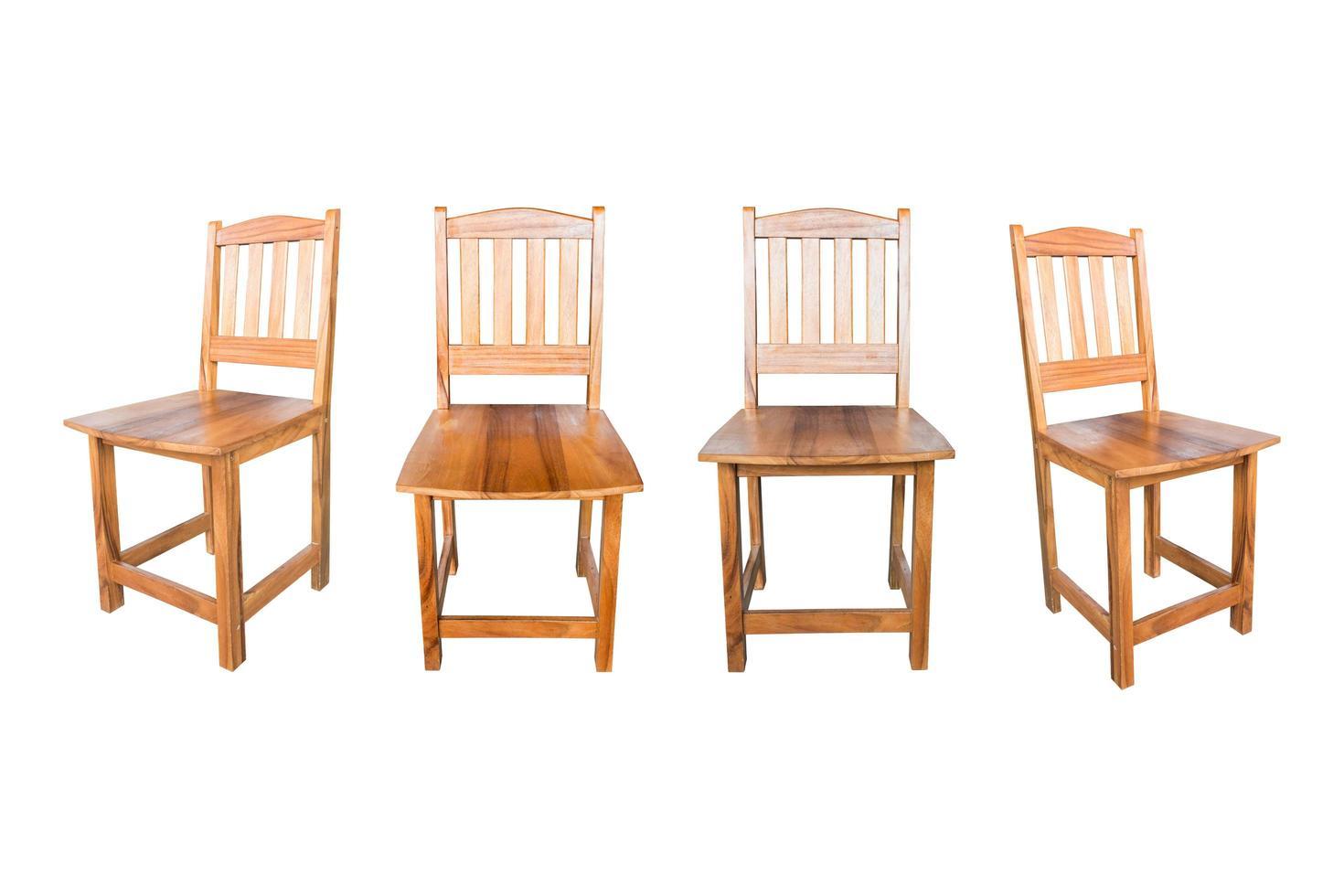 houten stoel geïsoleerd op een witte achtergrond foto
