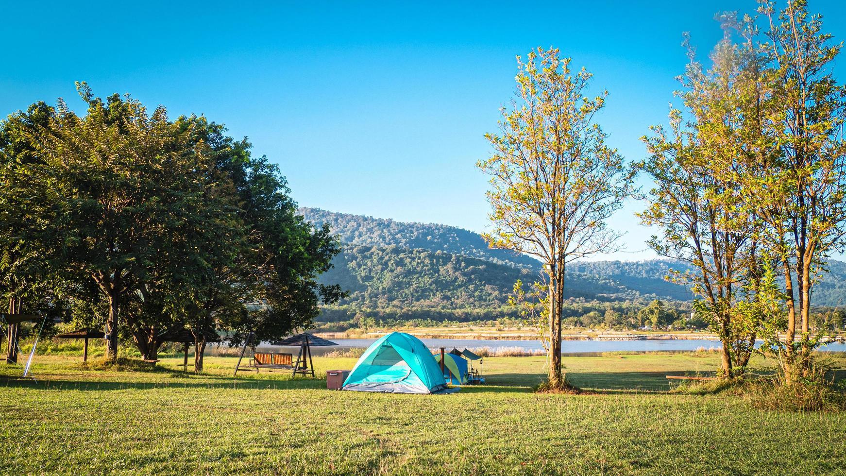 toeristische tent camping foto
