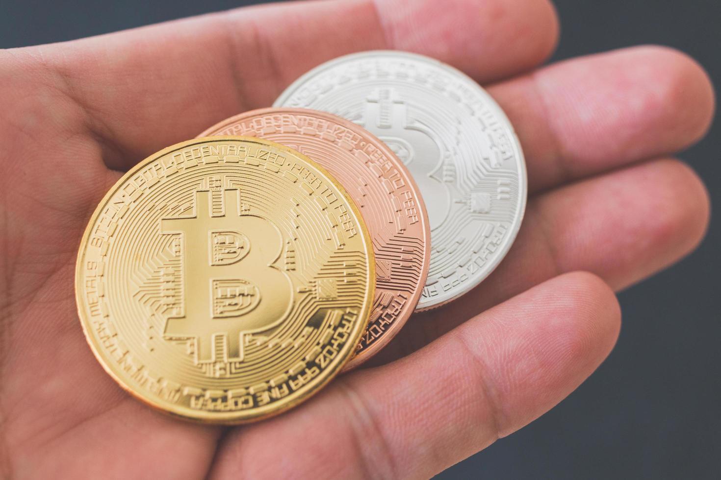 bitcoin-munten, digitaal valutaconcept foto