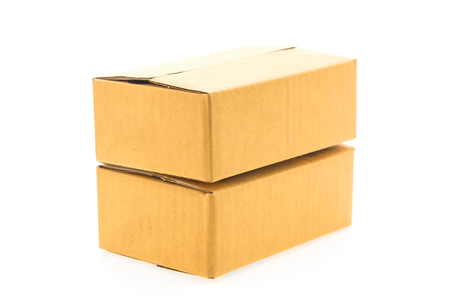 bruine doos geïsoleerd foto
