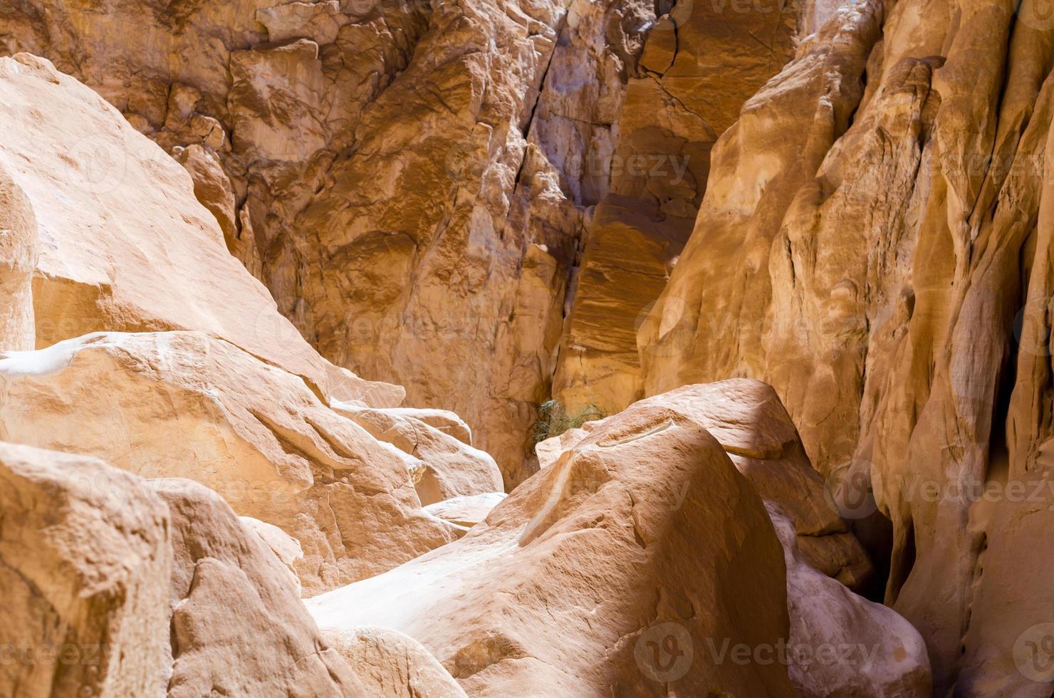 detail van stenen van een canyon foto