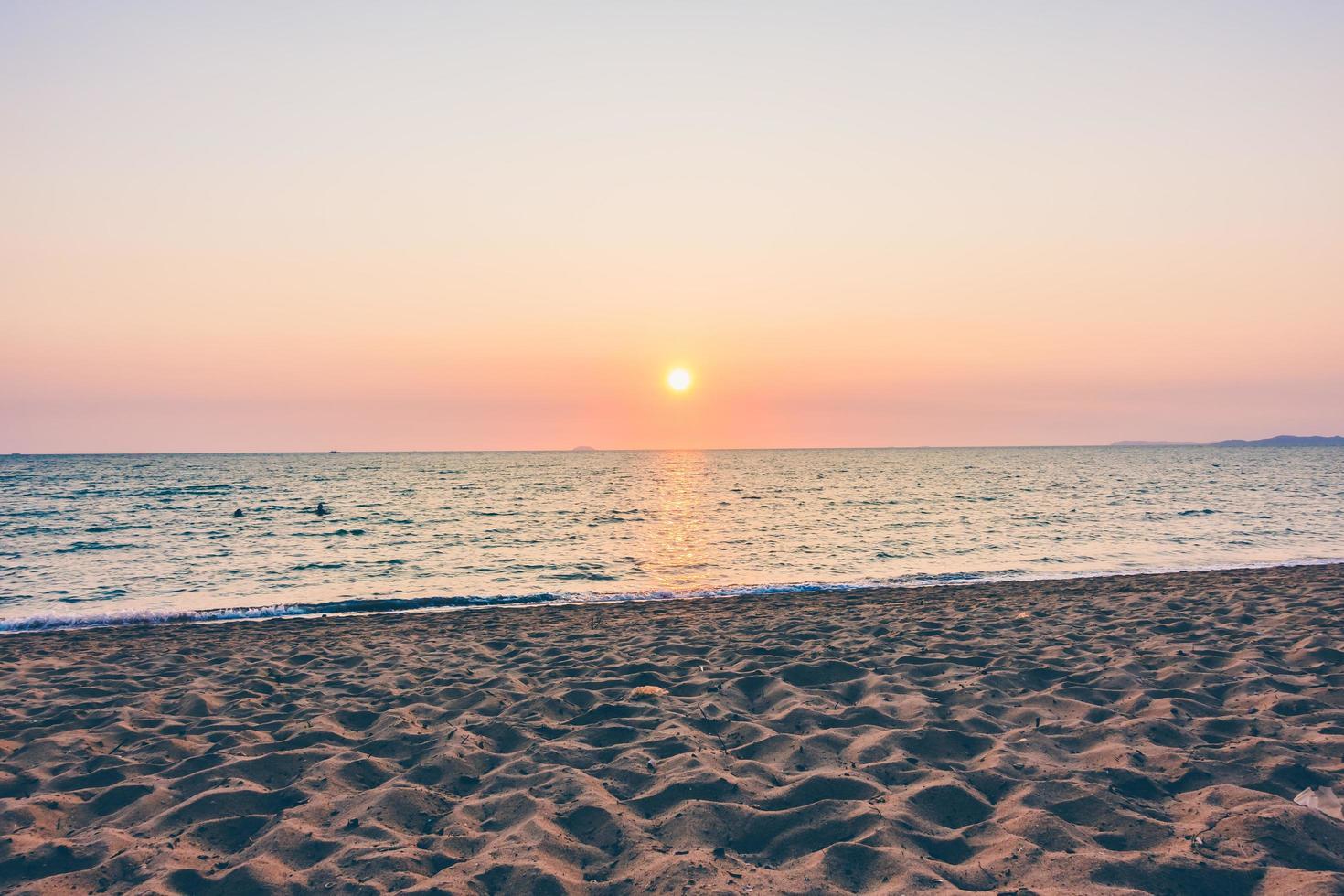 zee en strand foto