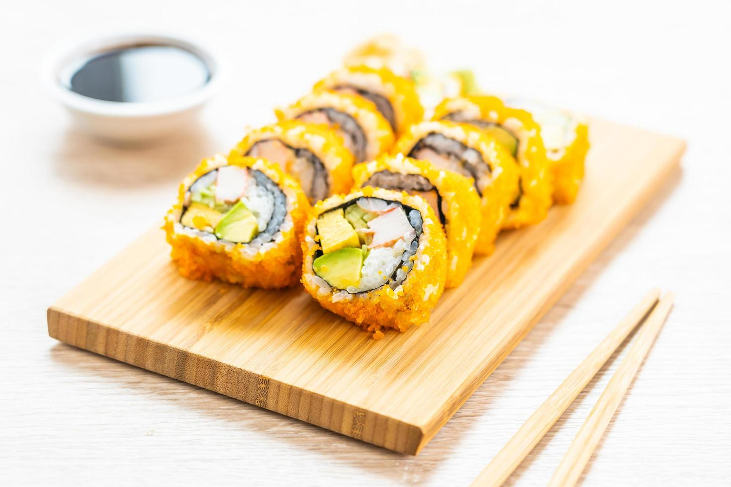 california maki rolt sushi foto