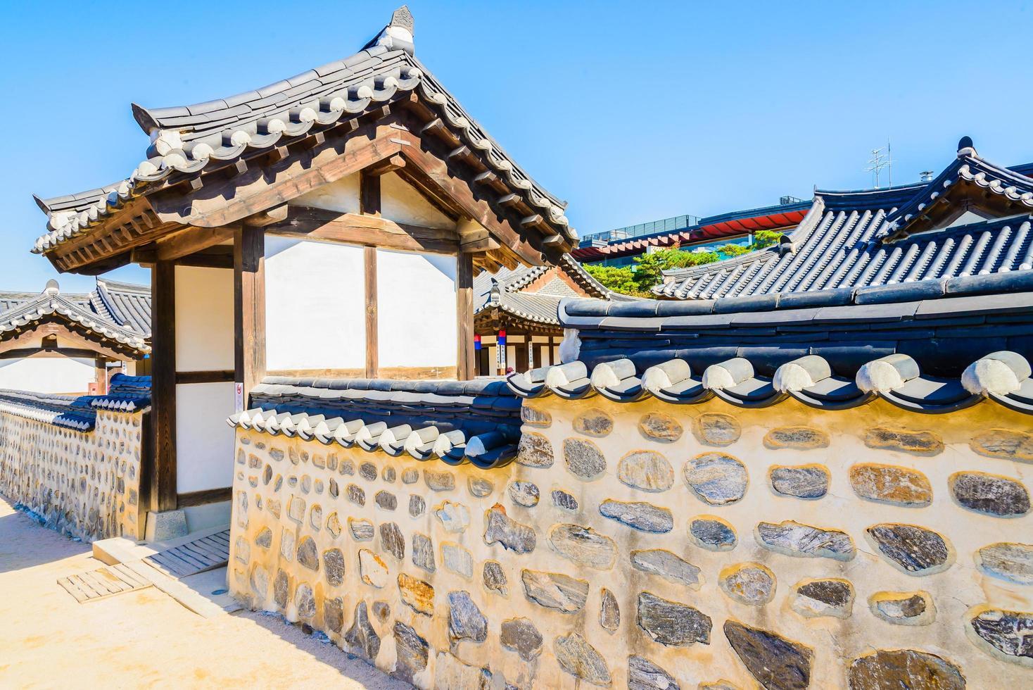 namsangol hanok dorp in seoel, zuid-korea foto