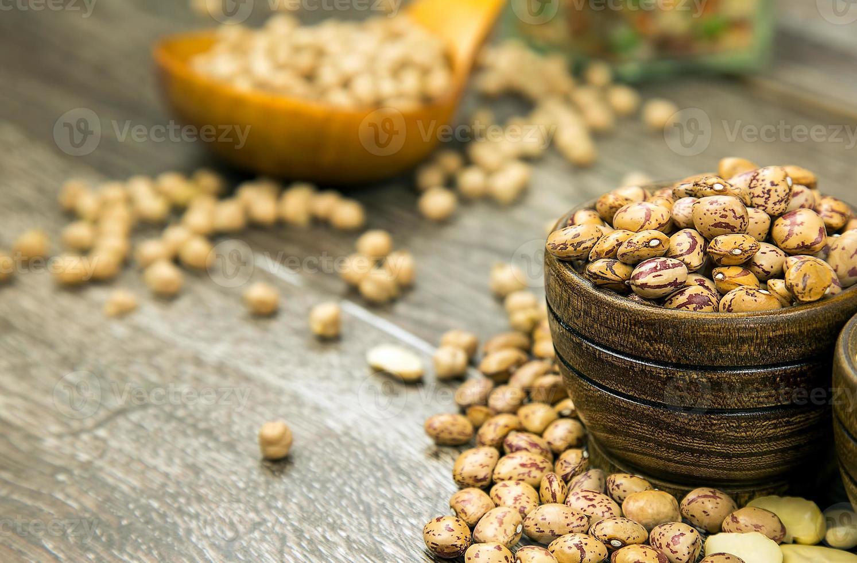 gezonde vegetarische rauwkost peulvruchten foto