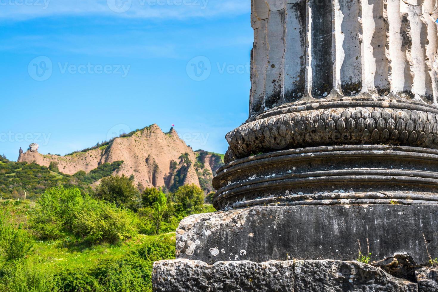 oude historische toeristische plaats sardes artemis foto