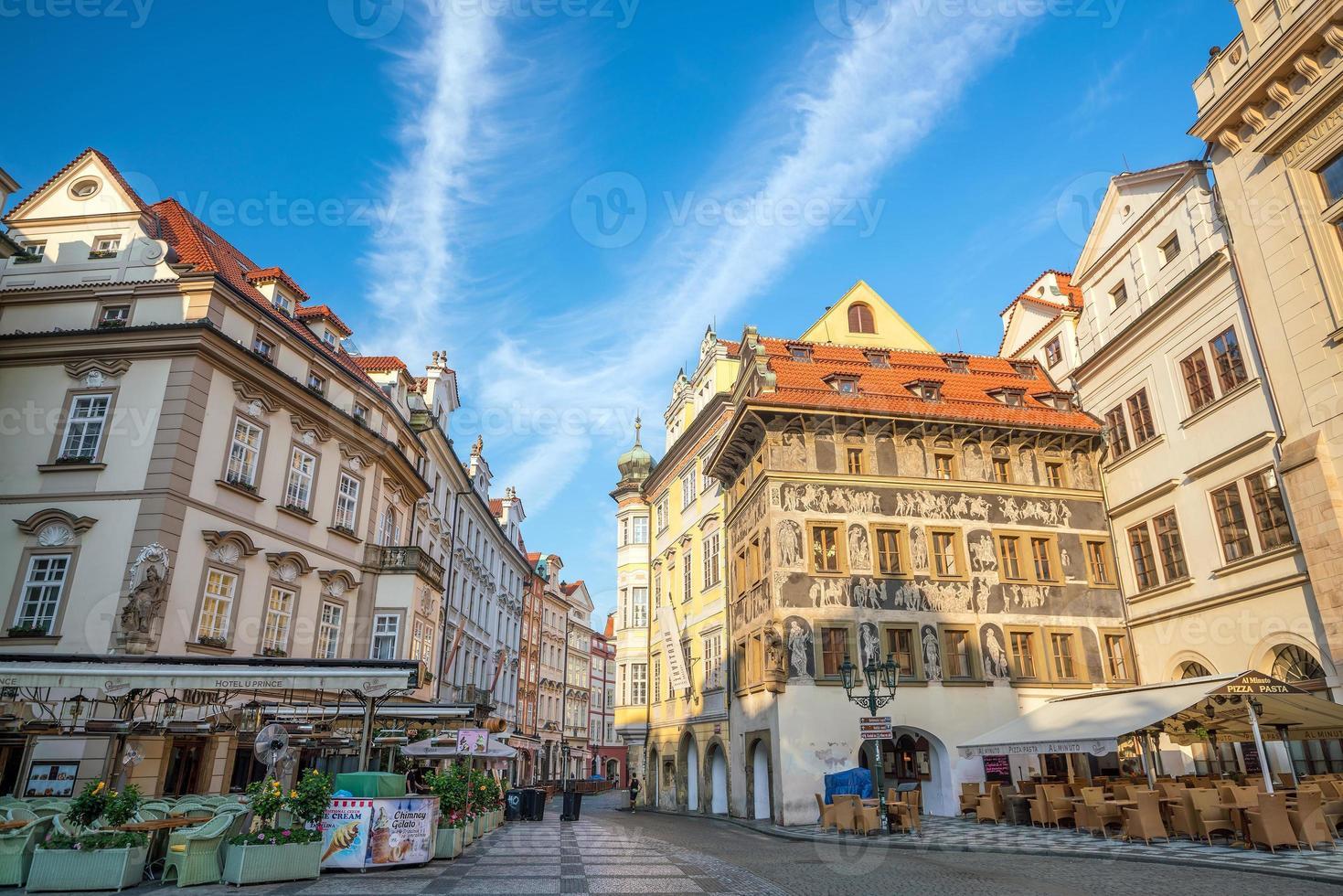 erfgoedgebouwen in de oude binnenstad van Praag in Tsjechië foto