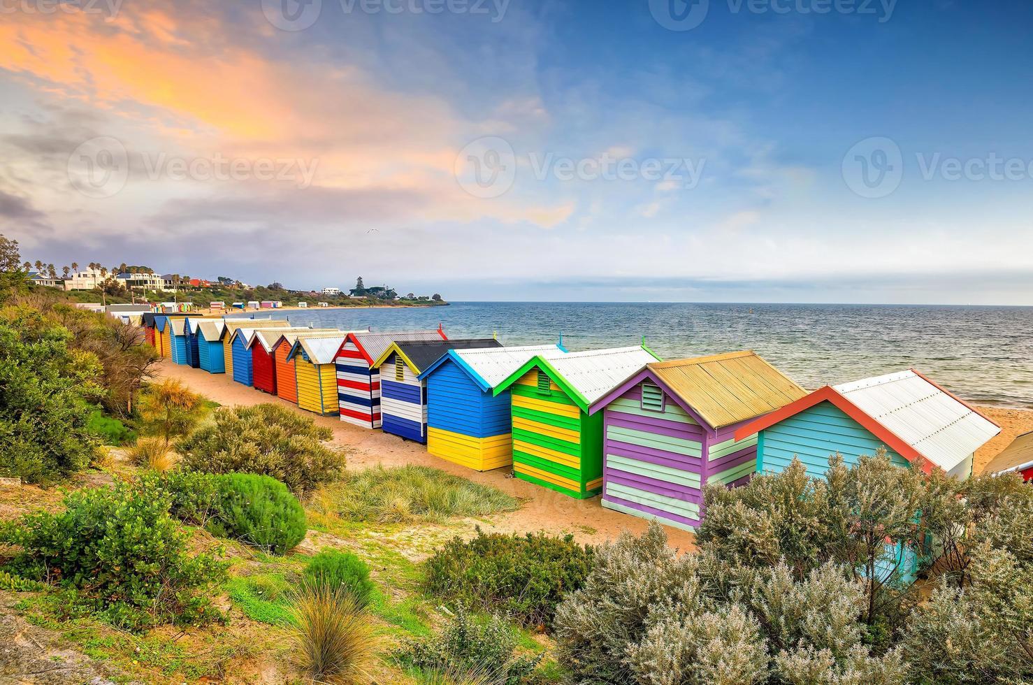 kleurrijk strandhuis aan het strand van Brighton, Melbourne foto
