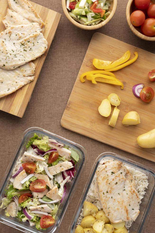 bovenaanzicht voeding eten maaltijdplanning foto
