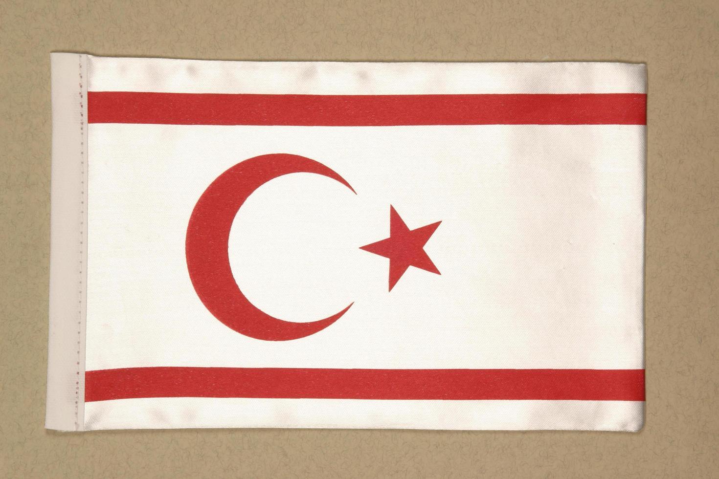 vlag van de turkse republiek noord-cyprus foto