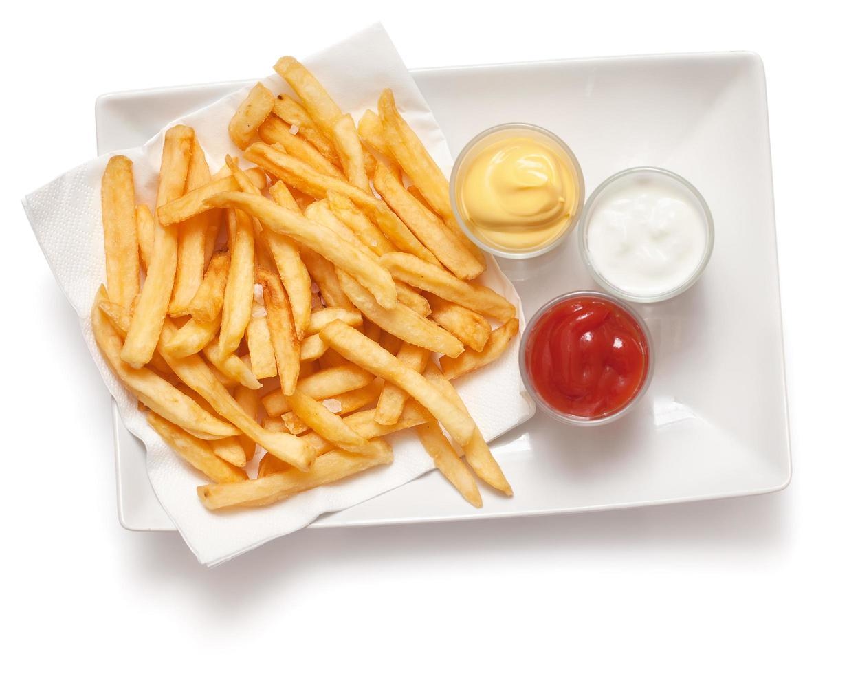 frietjes op witte achtergrond foto