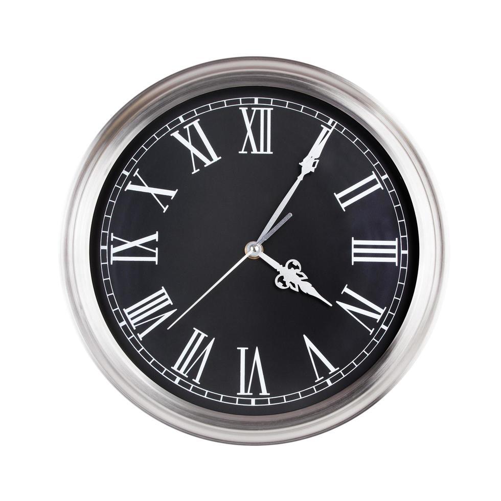 vijf minuten over vier op de klok foto