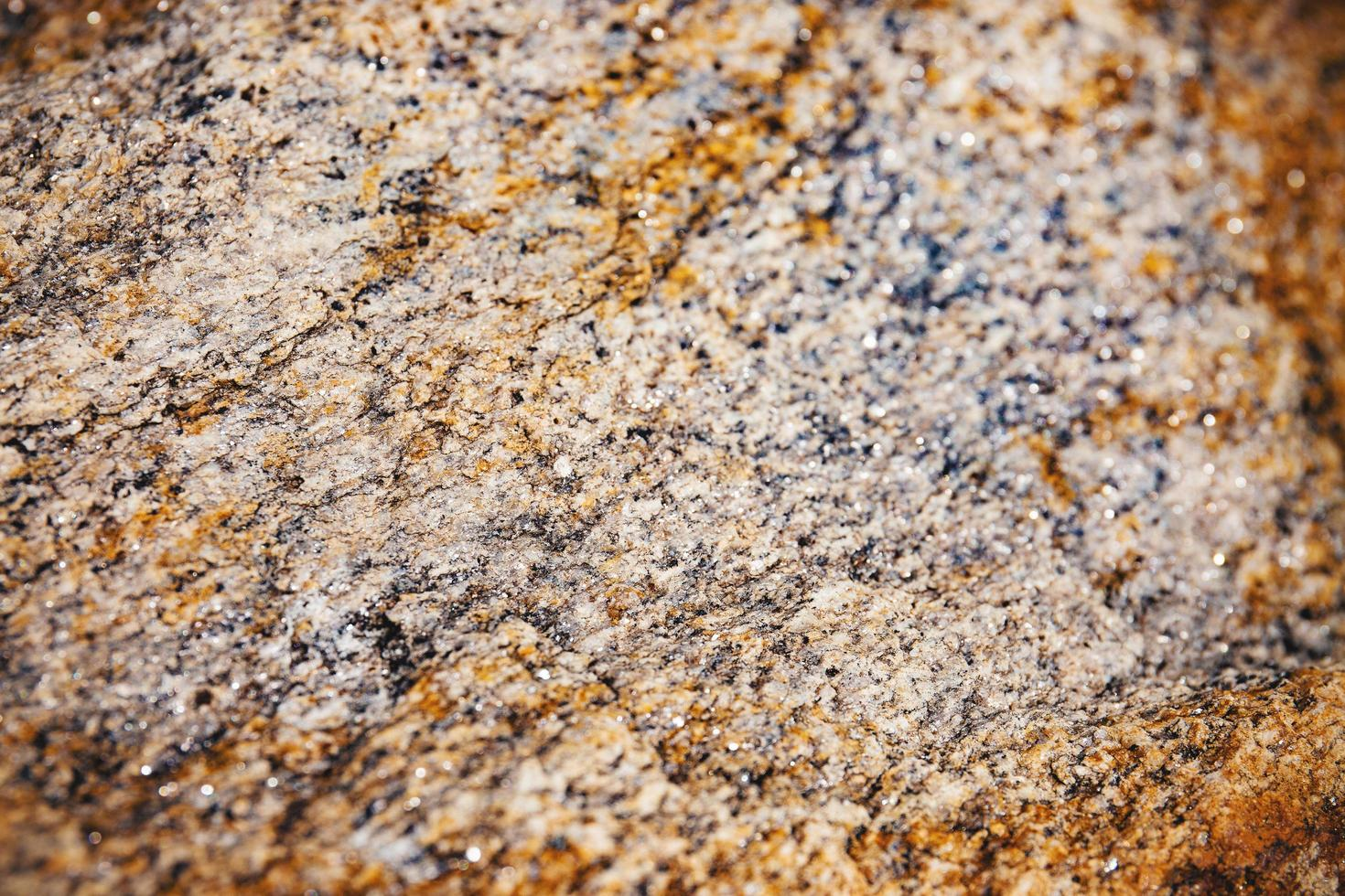 geselecteerde focus van roestig en stoffig van ruwe stenen oppervlaktetextuur. foto