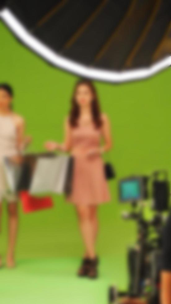 wazige beelden van het maken van tv-commerciële filmvideo foto