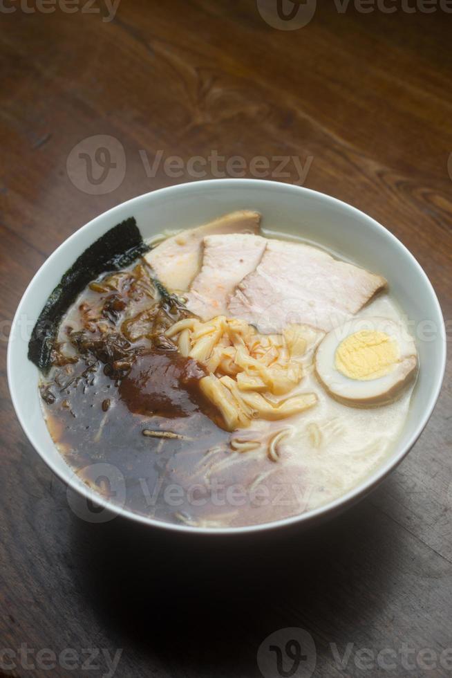 Japanse keuken hakata tonkotsu ramen foto