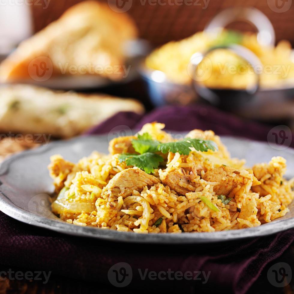 Indiase kip biryani close-up foto
