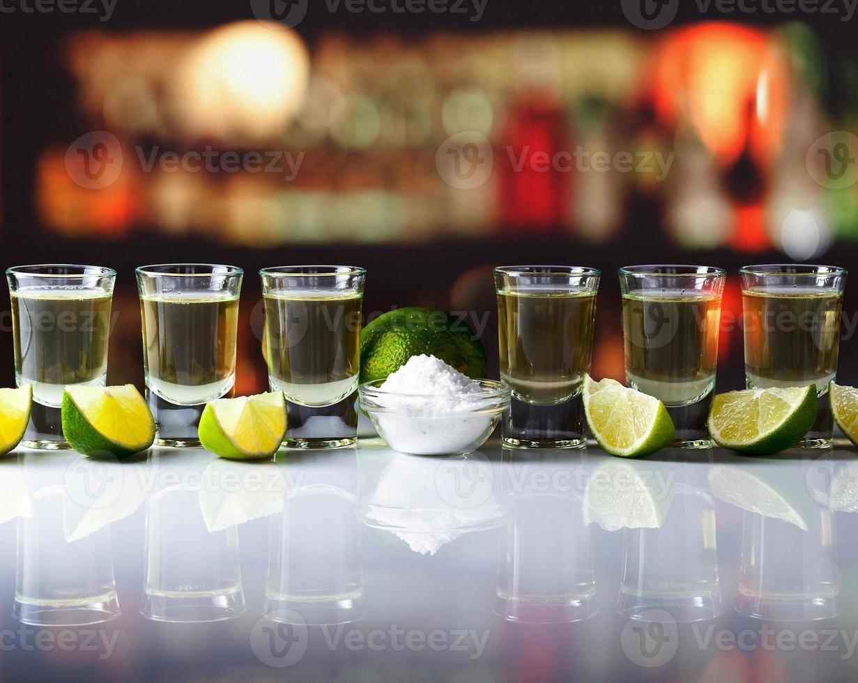 tequila, limoen en zout foto