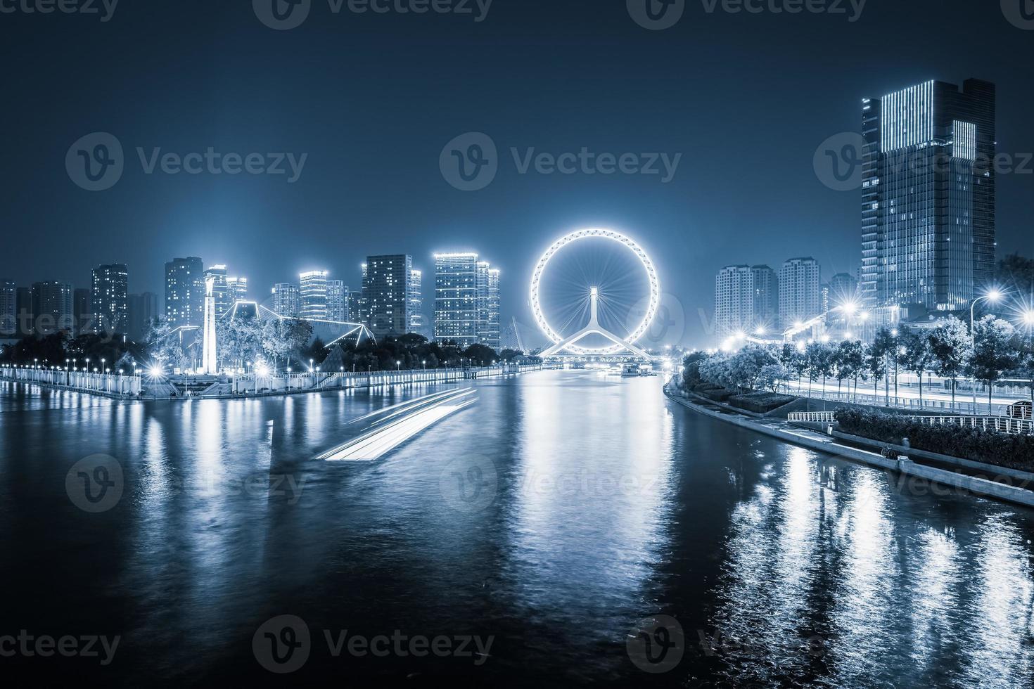 tianjin haihe rivier 's nachts foto